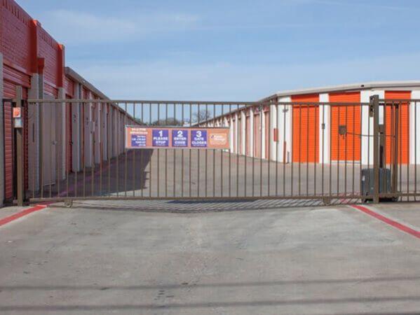 Public Storage - Garland - 655 Keen Drive 655 Keen Drive Garland, TX - Photo 1