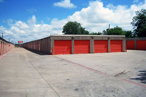 Public Storage - Fort Worth - 2377 E Loop 820 S 2377 E Loop 820 S Fort Worth, TX - Photo 1
