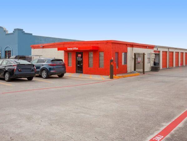 Public Storage - Plano - 3401 Avenue K 3401 Avenue K Plano, TX - Photo 0