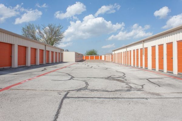 Public Storage - Duncanville - 1212 N Duncanville Rd 1212 N Duncanville Rd Duncanville, TX - Photo 1