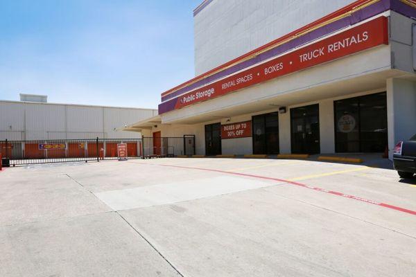 Public Storage - Dallas - 5342 E Mockingbird Lane 5342 E Mockingbird Lane Dallas, TX - Photo 0