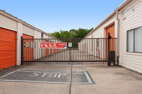 Public Storage - Houston - 5460 Addicks Satsuma Road 5460 Addicks Satsuma Road Houston, TX - Photo 3
