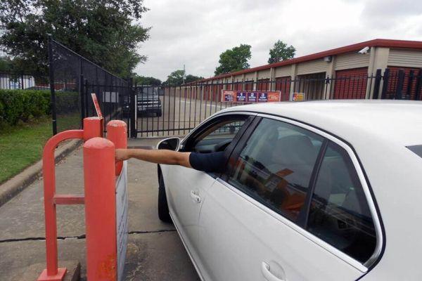 Public Storage - Katy - 1130 S Mason Road 1130 S Mason Road Katy, TX - Photo 4