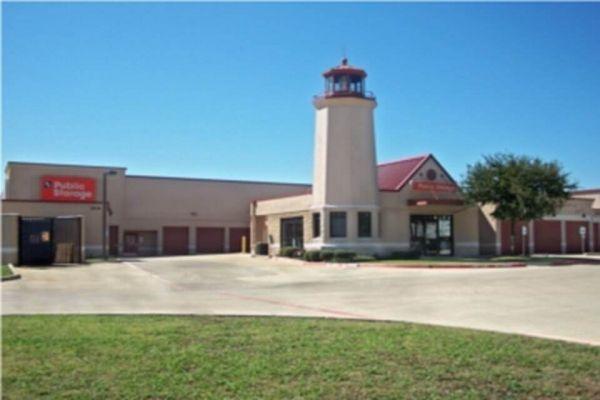 Public Storage - Irving - 3430 W Walnut Hill Lane 3430 W Walnut Hill Lane Irving, TX - Photo 0