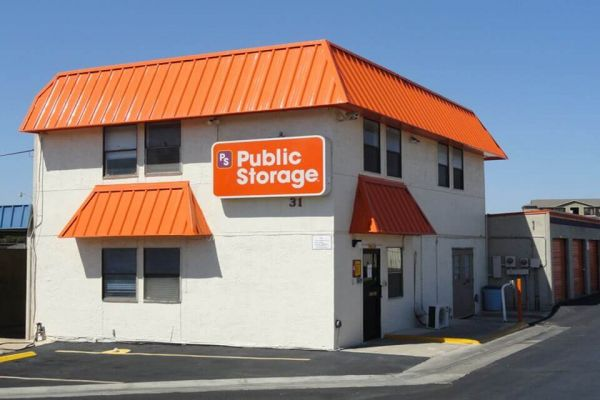 Public Storage - Universal City - 31 Meadowland