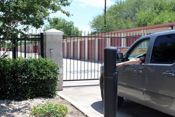 Public Storage - Helotes - 12260 Bandera Road 12260 Bandera Road Helotes, TX - Photo 4