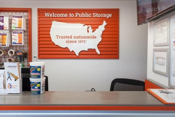 Public Storage - Irving - 1520 W Irving Blvd 1520 W Irving Blvd Irving, TX - Photo 2