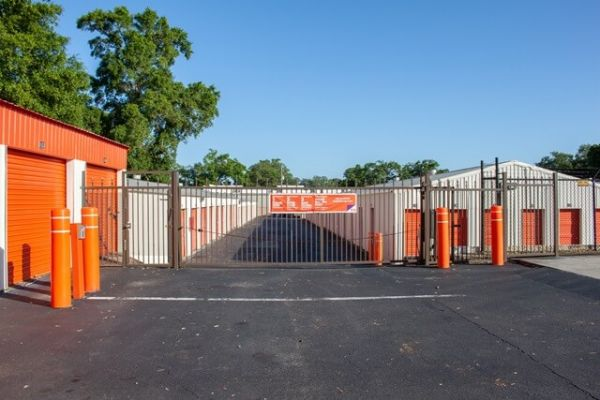 Public Storage - Pensacola - 399 Brent Lane 399 Brent Lane Pensacola, FL - Photo 3