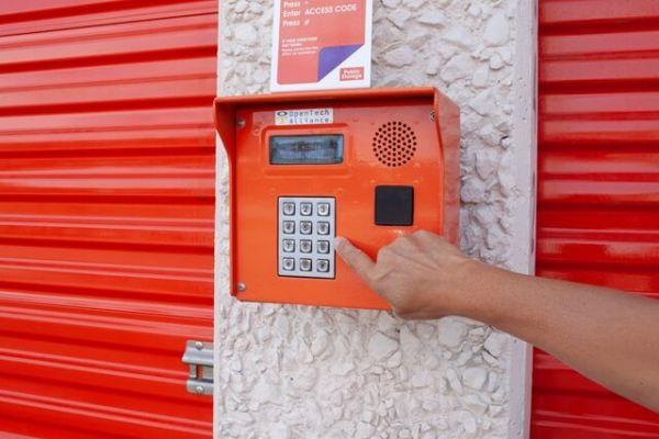 Public Storage - Dallas - 12075 Denton Drive 12075 Denton Drive Dallas, TX - Photo 4