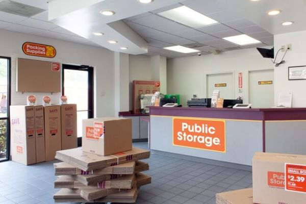 Public Storage - Carrollton - 3750 Marsh Lane 3750 Marsh Lane Carrollton, TX - Photo 2
