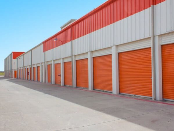 Public Storage - Dallas - 3550 West Mockingbird Lane 3550 West Mockingbird Lane Dallas, TX - Photo 2