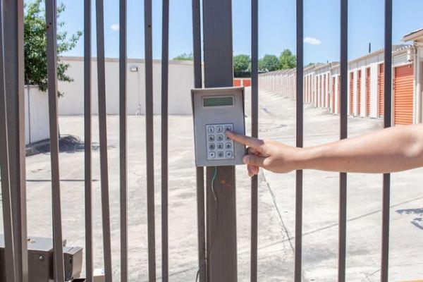 Public Storage - San Antonio - 13403 Wetmore Road 13403 Wetmore Road San Antonio, TX - Photo 4