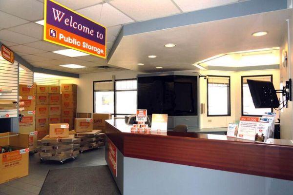 Public Storage - San Antonio - 10652 N Interstate Highway 35 10652 N Interstate Highway 35 San Antonio, TX - Photo 2
