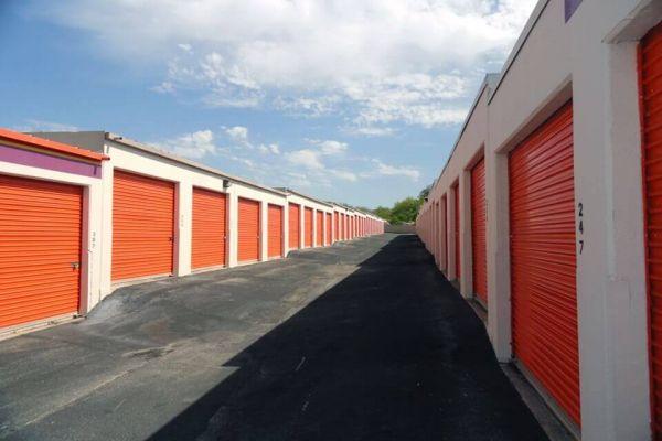 Public Storage - San Antonio - 10652 N Interstate Highway 35 10652 N Interstate Highway 35 San Antonio, TX - Photo 1