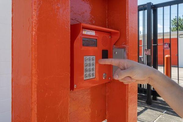 Public Storage - Houston - 1419 W Gray St 1419  W Gray St Houston, TX - Photo 4