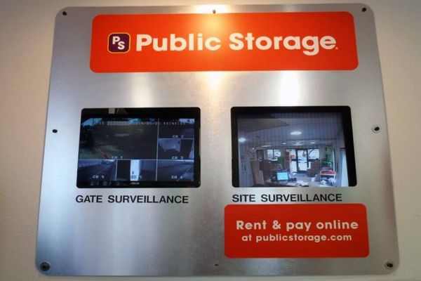 Public Storage - San Antonio - 15267 Huebner Road 15267 Huebner Road San Antonio, TX - Photo 3