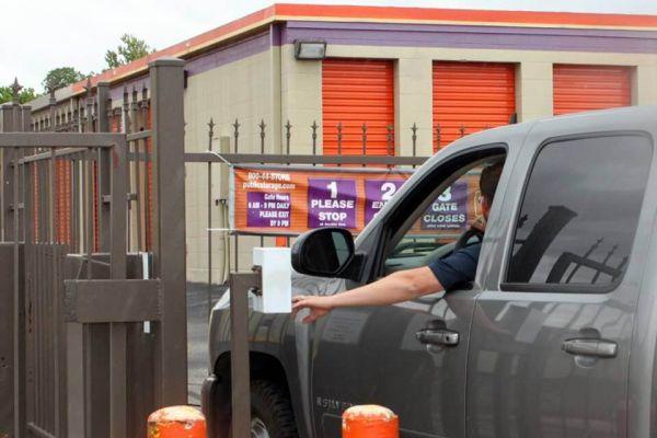 Public Storage - San Antonio - 3440 Fredericksburg Road 3440 Fredericksburg Road San Antonio, TX - Photo 4