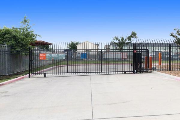 Public Storage - Pasadena - 2700 Shaver Street 2700 Shaver Street Pasadena, TX - Photo 3