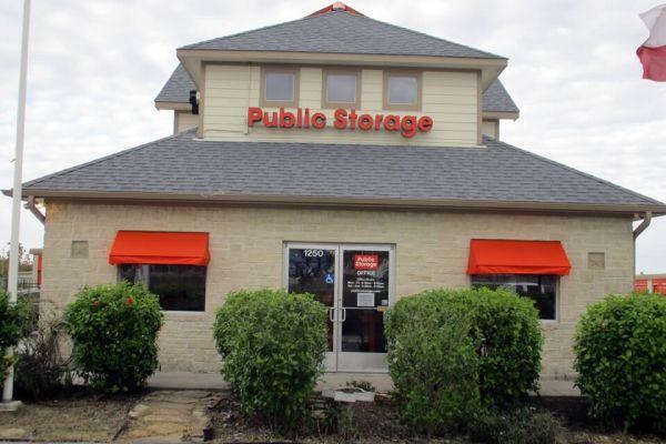 Public Storage - League City - 1250 W. League City Pkwy 1250 W. League City Pkwy League City, TX - Photo 0