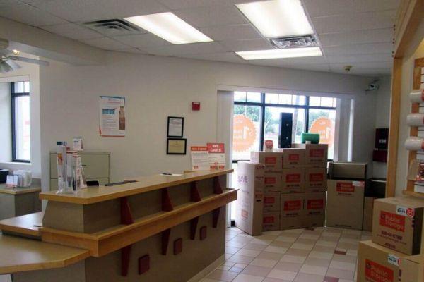 Public Storage - Hurst - 747 Grapevine Hwy 747 Grapevine Hwy Hurst, TX - Photo 2