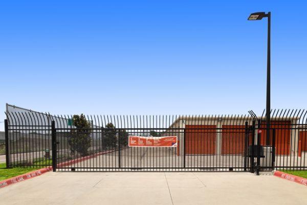 Public Storage - Pasadena - 1507 East Beltway 8 S 1507 East Beltway 8 S Pasadena, TX - Photo 3
