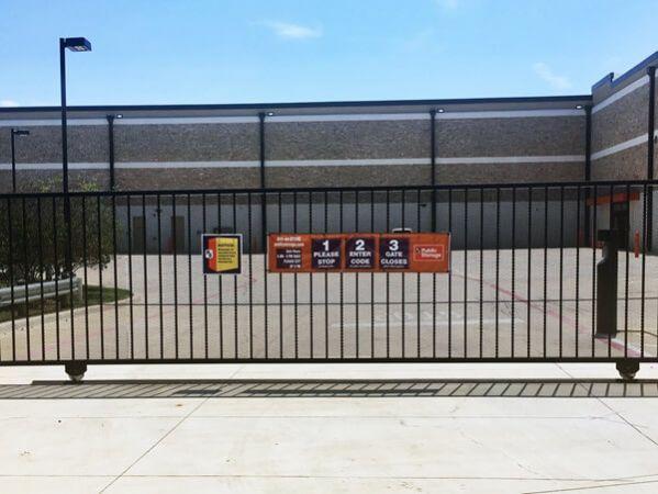 Public Storage - Highland Village - 4800 Village Pkwy 4800 Village Pkwy Highland Village, TX - Photo 3