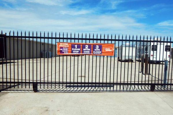Public Storage - League City - 3730 Columbia Memorial Pkwy 3730 Columbia Memorial Pkwy League City, TX - Photo 3