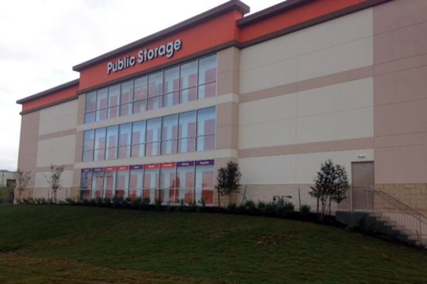Public Storage - Round Rock - 1501 Louis Henna Blvd 1501 Louis Henna Blvd Round Rock, TX - Photo 0