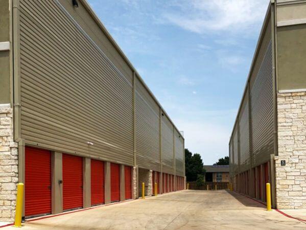 Public Storage - Georgetown - 2100 S Interstate 35 2100 S Interstate 35 Georgetown, TX - Photo 1