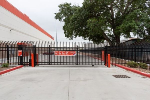 Public Storage - Houston - 5323 Milwee Street 5323 Milwee Street Houston, TX - Photo 3