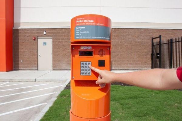 Public Storage - Kingwood - 755 Northpark Dr 755 Northpark Dr Kingwood, TX - Photo 4