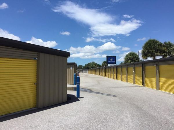 Life Storage - St. Petersburg - 1159 94th Avenue North 1159 94th Avenue North St. Petersburg, FL - Photo 4