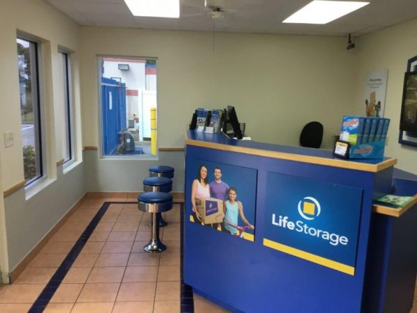 Life Storage - St. Petersburg - 1159 94th Avenue North 1159 94th Avenue North St. Petersburg, FL - Photo 5