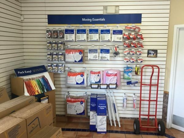 Life Storage - Tampa - 5628 Gunn Highway 5628 Gunn Highway Tampa, FL - Photo 7