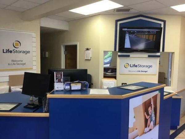 Life Storage - St. Petersburg - 4495 49th Street North 4495 49th Street North St. Petersburg, FL - Photo 4