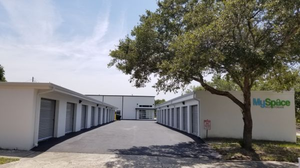 Myspace Self Storage 204 Cypress Street Tarpon Springs, FL - Photo 2