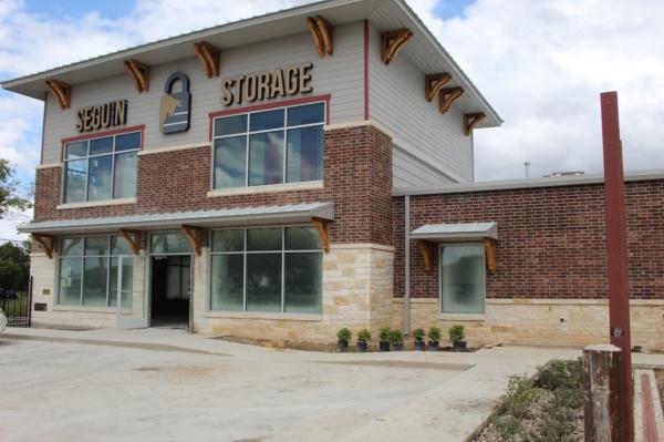 Seguin Storage 1301 East Kingsbury Street Seguin, TX - Photo 0