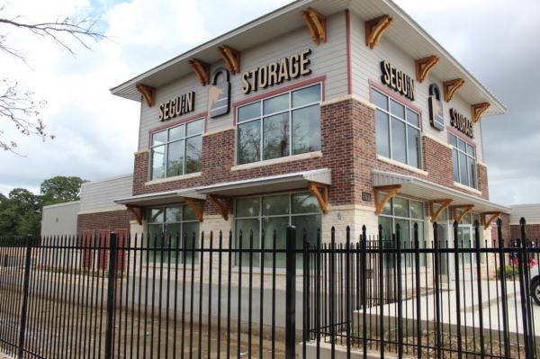 Seguin Storage 1301 East Kingsbury Street Seguin, TX - Photo 1