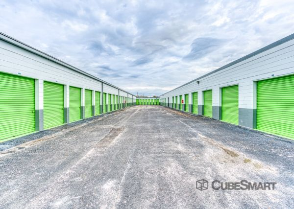 CubeSmart Self Storage - Tampa - 8119 Anderson Rd. 8119 Anderson Road Tampa, FL - Photo 3