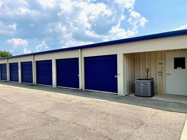 Midgard Self Storage - Springfield TN, LLC 2758 East 17th Avenue Springfield, TN - Photo 16
