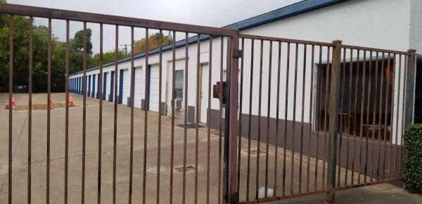 Shipley Storage 504 North Glenwood Boulevard Tyler, TX - Photo 2