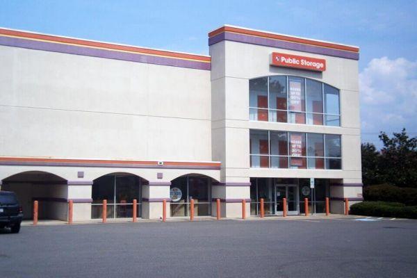 Public Storage - Matthews - 801 Matthews Township Pkwy 801 Matthews Township Pkwy Matthews, NC - Photo 0