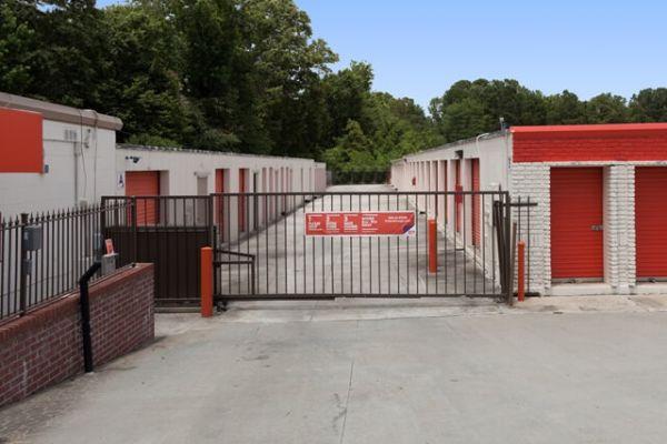 Public Storage - Charleston - 2560 Ashley Phosphate Road 2560 Ashley Phosphate Road Charleston, SC - Photo 3