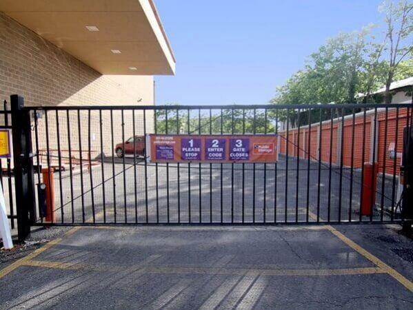 Public Storage - Bronx - 875 Brush Ave 875 Brush Ave Bronx, NY - Photo 3
