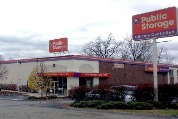 Public Storage - Methuen - 105 Pleasant Valley Street 105 Pleasant Valley Street Methuen, MA - Photo 0
