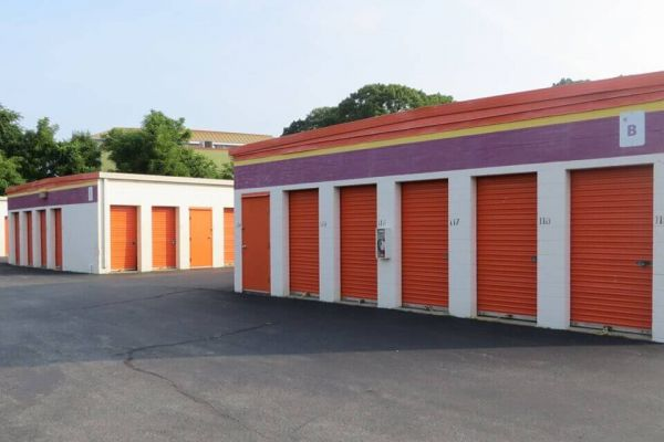 Public Storage - Cranston - 71 Freeway Drive 71 Freeway Drive Cranston, RI - Photo 1