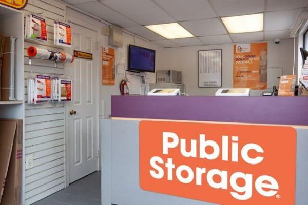 Public Storage - Philadelphia - 1431 Ivy Hill Road 1431 Ivy Hill Road Philadelphia, PA - Photo 2