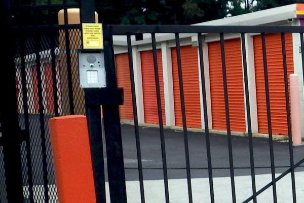 Public Storage - Lawrenceville - 2629 Brunswick Ave 2629 Brunswick Ave Lawrenceville, NJ - Photo 4