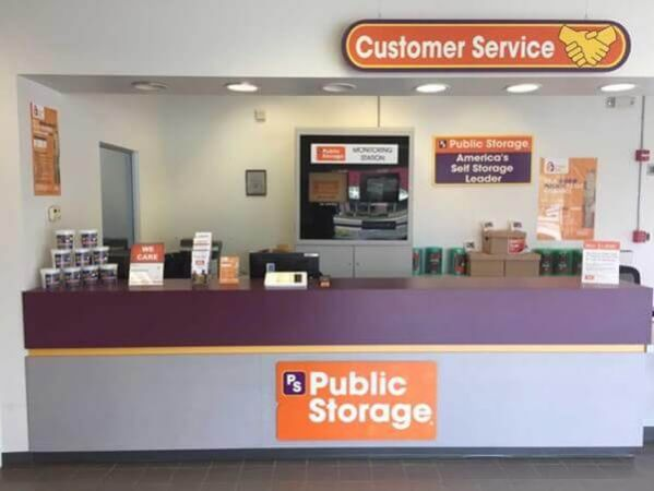Public Storage - Bay Shore - 122 Saxon Ave 122 Saxon Ave Bay Shore, NY - Photo 2
