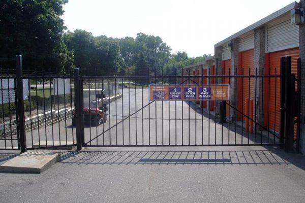Public Storage - Shelby Township - 2100 W Utica Road 2100 W Utica Road Shelby Township, MI - Photo 3